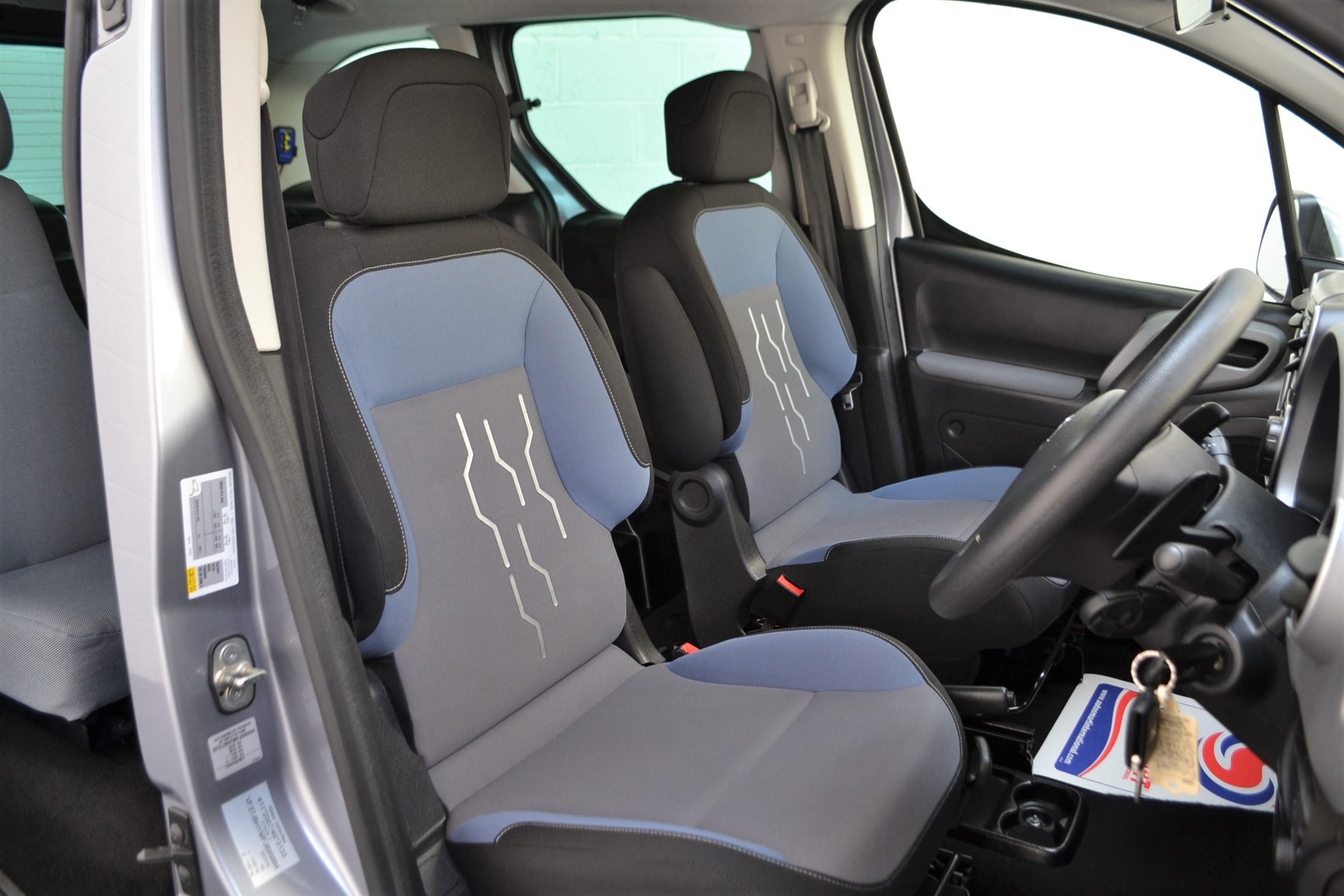 WAV Cars For Sale Bristol Wheelchair Accessible Vehicles Used For Sale Somerset Devon Dorset Bath Peugeot Partner Auto1
