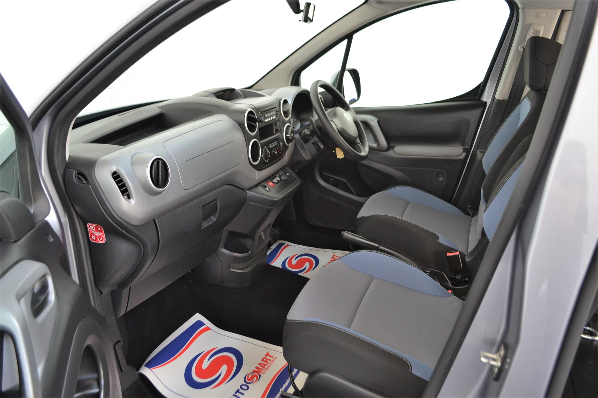 WAV Cars For Sale Bristol Wheelchair Accessible Vehicles Used For Sale Somerset Devon Dorset Bath Peugeot Partner Auto 11