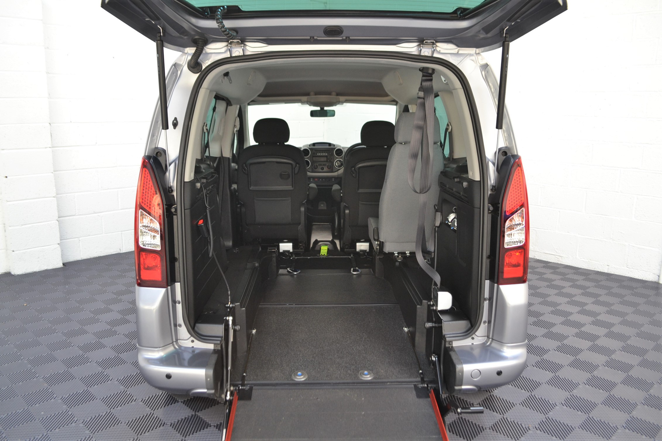 WAV Cars For Sale Bristol Wheelchair Accessible Vehicles Used For Sale Somerset Devon Dorset Bath Peugeot Partner Auto 8
