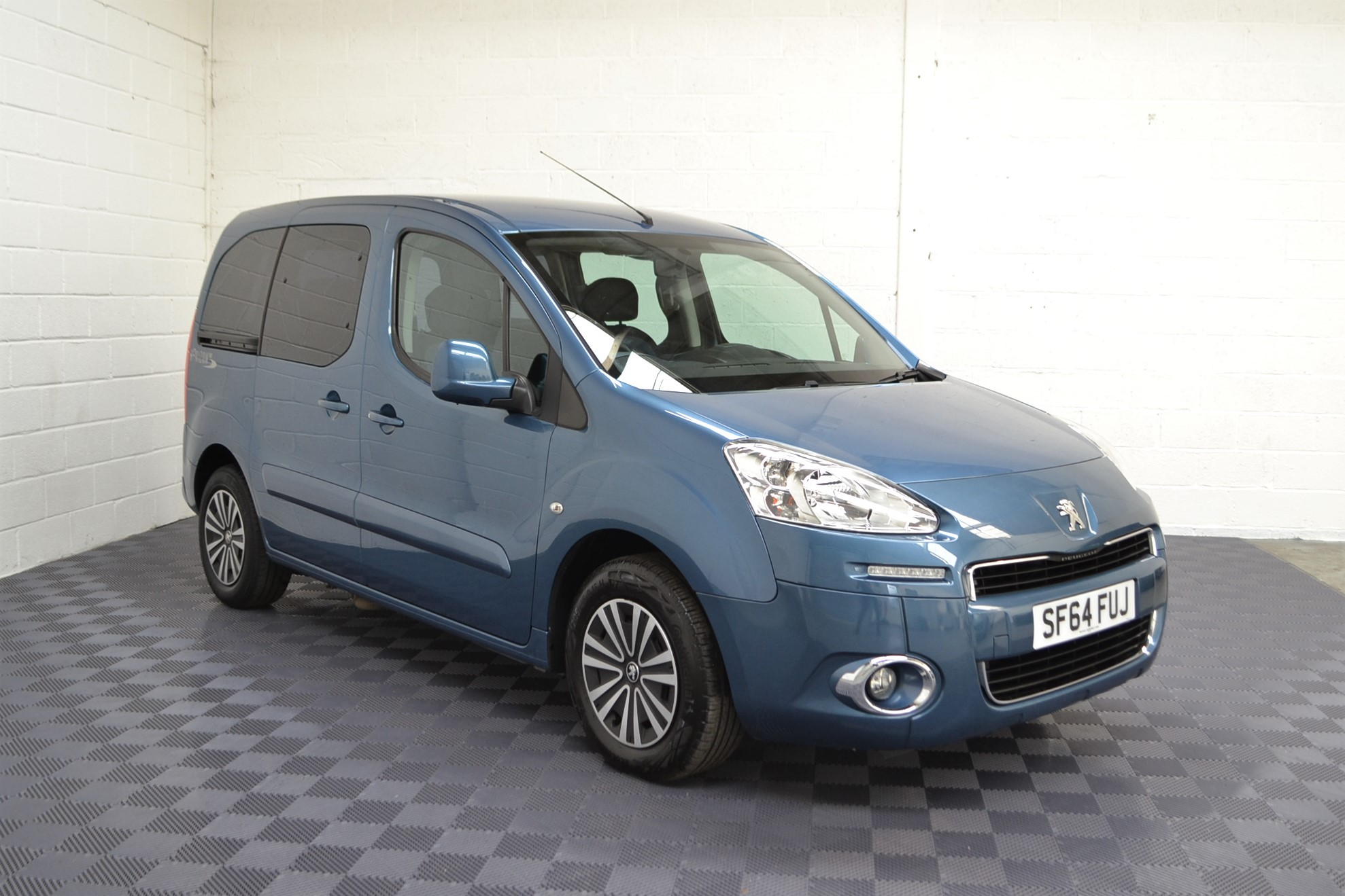 WAV Cars For Sale Bristol Wheelchair Accessible Vehicles Used For Sale Somerset Devon Dorset Bath Peugeot Partner Automatic 8