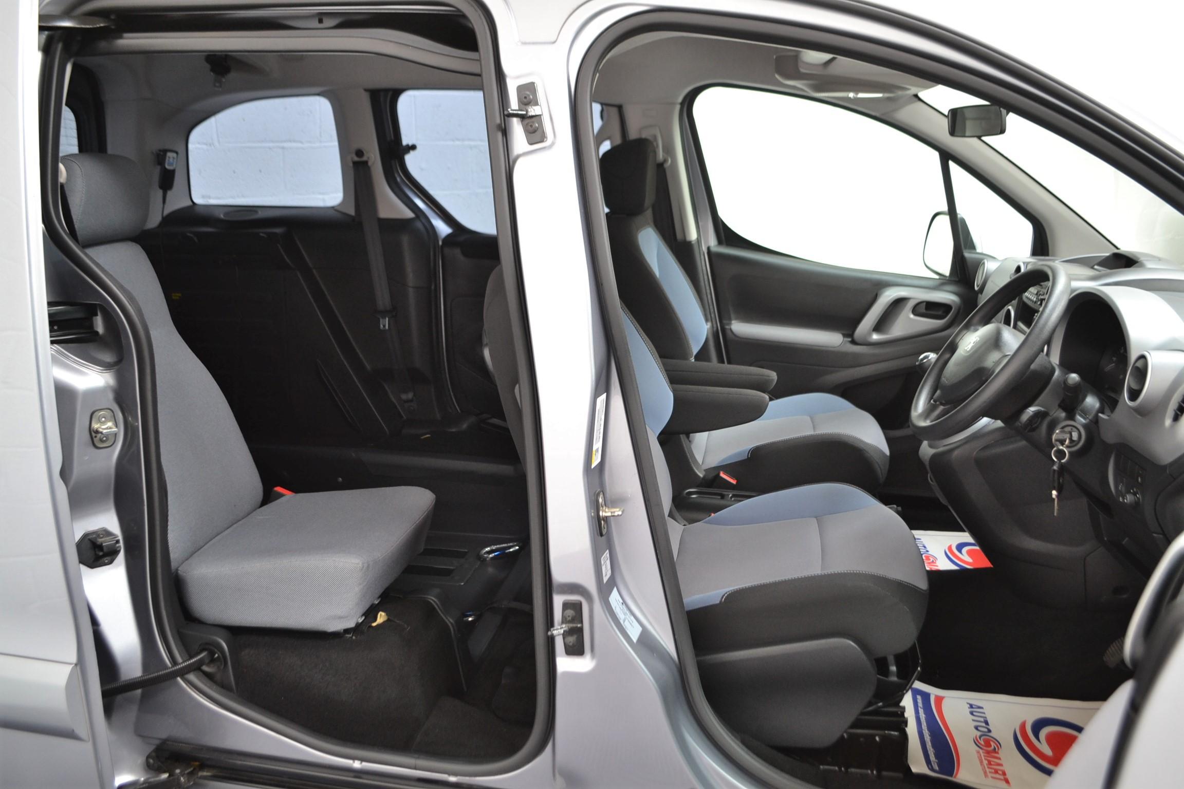 Used Wav Cars for Sale UK Citroen Berlingo WAV Car Peugeot Partner Petrol Wheelchair Accessible Vehicles Buy Sell Bristol Somerset Devon Dorset 18