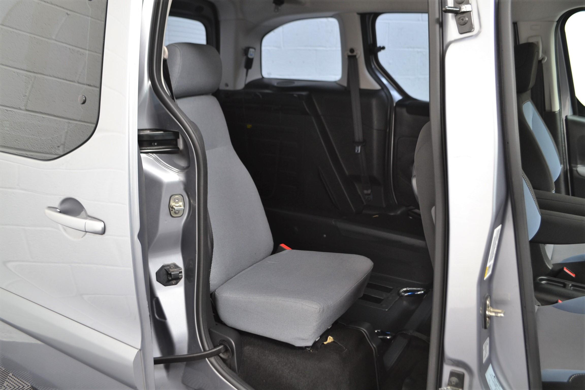 Used Wav Cars for Sale UK Citroen Berlingo WAV Car Peugeot Partner Petrol Wheelchair Accessible Vehicles Buy Sell Bristol Somerset Devon Dorset 19