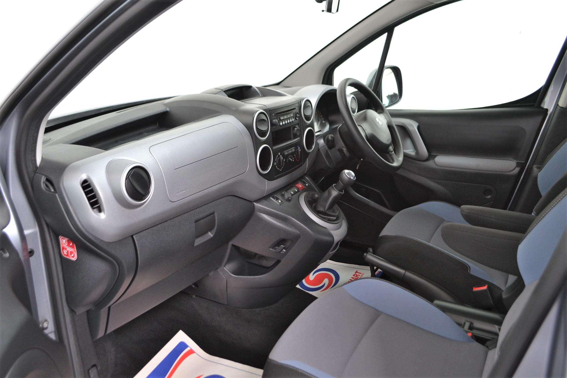 Used Wav Cars for Sale UK Citroen Berlingo WAV Car Peugeot Partner Petrol Wheelchair Accessible Vehicles Buy Sell Bristol Somerset Devon Dorset 9