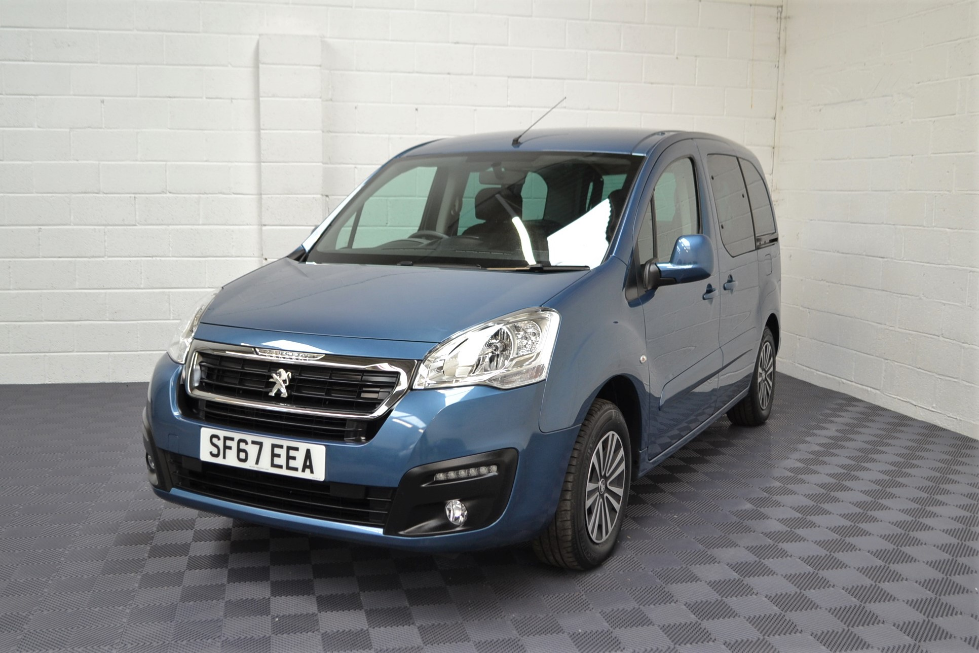 WAV Cars For Sale Bristol Wheelchair Accessible Vehicles Used For Sale Somerset Devon Dorset Bath Peugeot Partner SF67 EEA 21