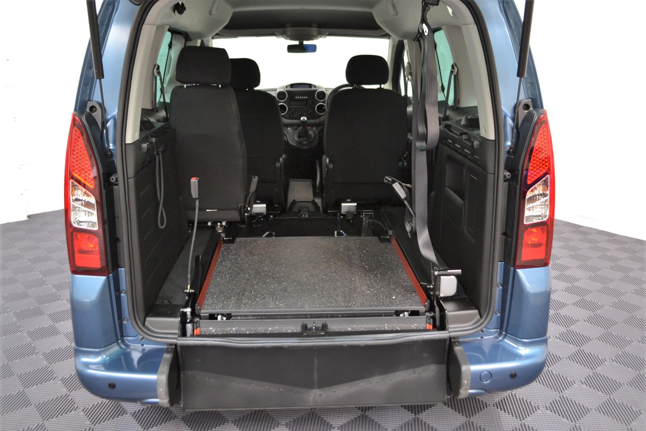 WAV Cars For Sale Bristol Wheelchair Accessible Vehicles Used For Sale Somerset Devon Dorset Bath Peugeot Partner SF67 EEA 6