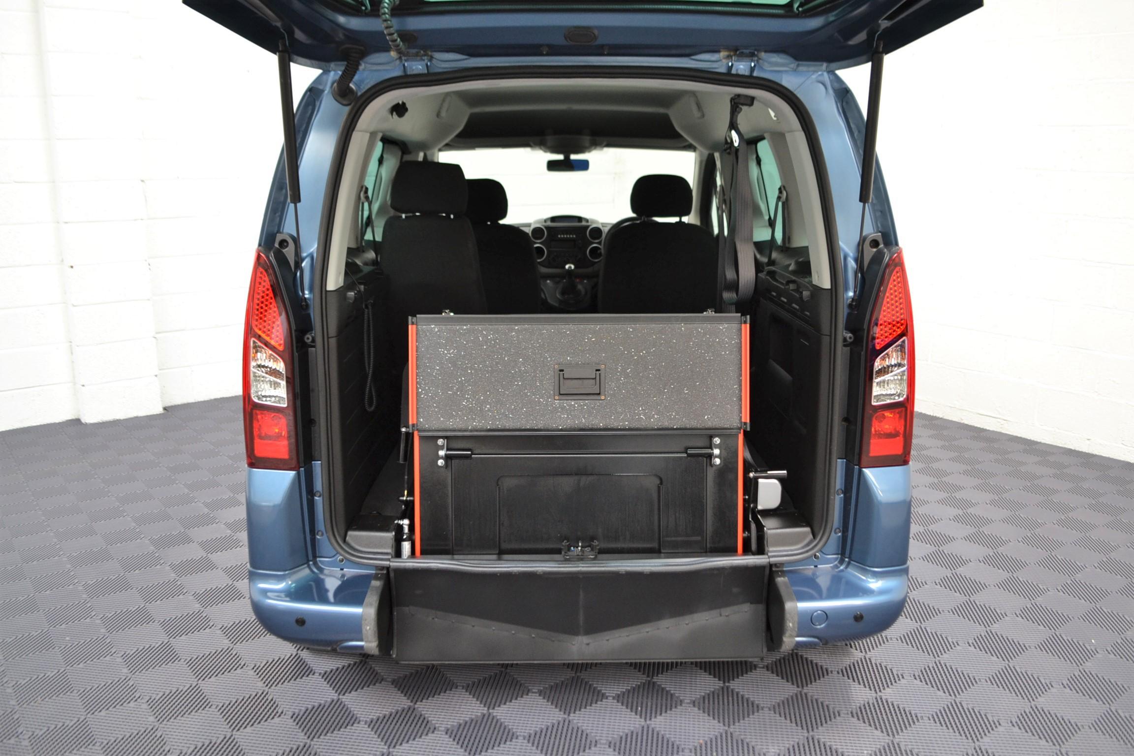 WAV Cars For Sale Bristol Wheelchair Accessible Vehicles Used For Sale Somerset Devon Dorset Bath Peugeot Partner SF67 EEA 7