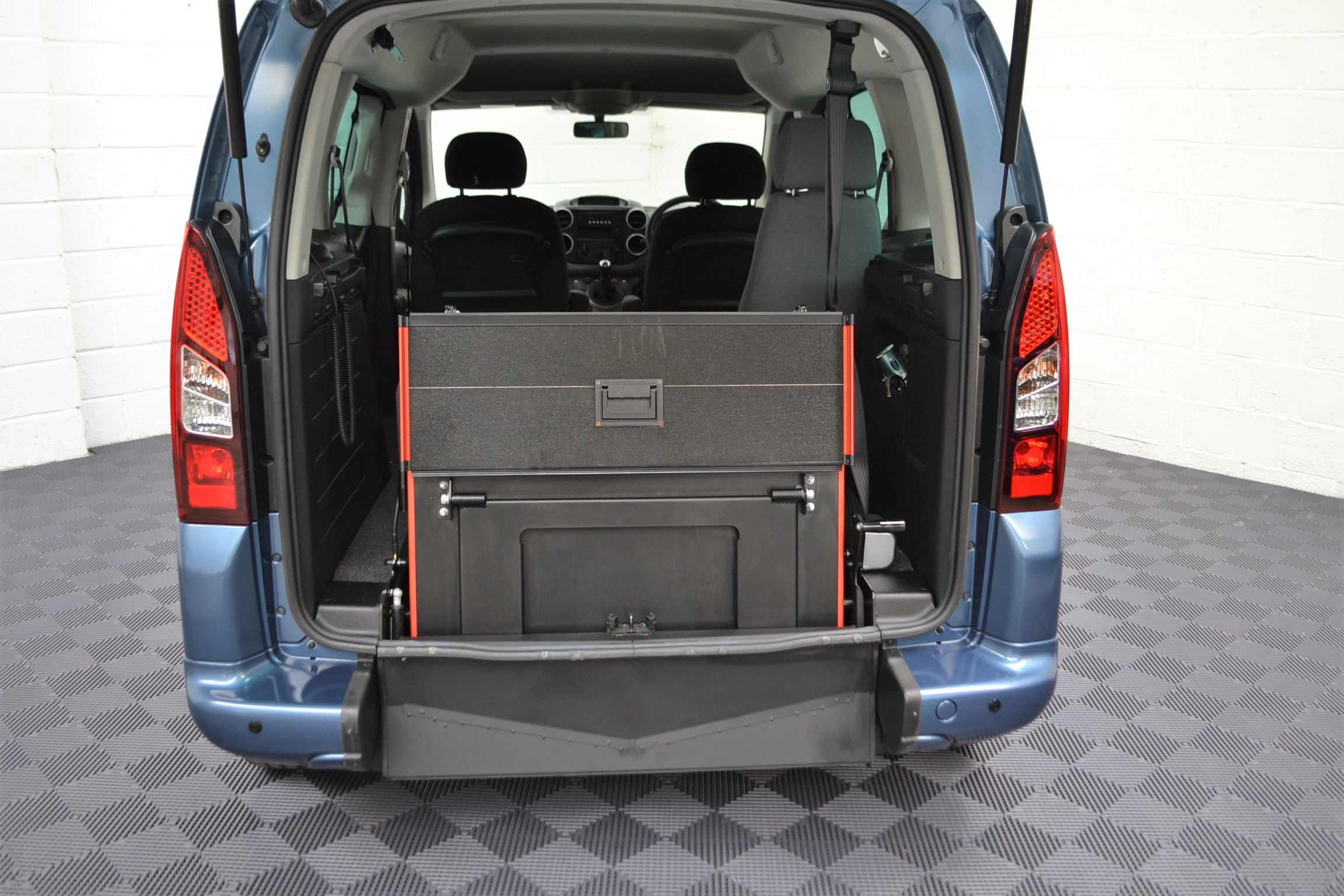 WAV Cars For Sale Bristol Wheelchair Accessible Vehicles Used For Sale Somerset Devon Dorset Bath Peugeot Partner SF16 FHY 19
