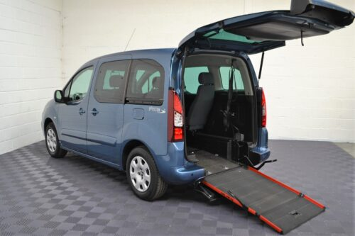 WAV Cars For Sale Bristol Wheelchair Accessible Vehicles Used For Sale Somerset Devon Dorset Bath Peugeot Partner SF16 FHY 22