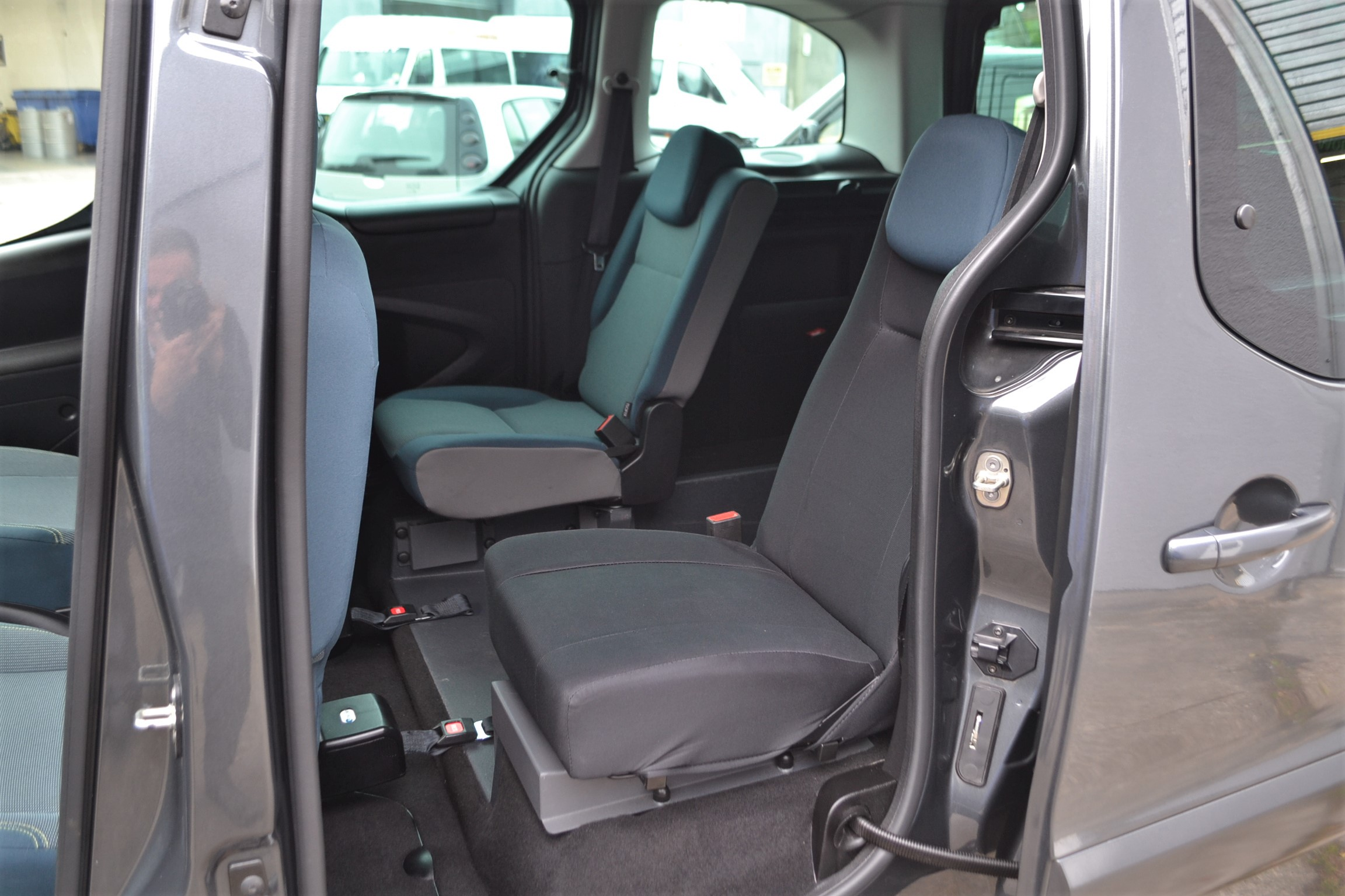 Disabled Cars For Sale Bristol Wheelchair Accessible Vehicles Used For Sale Somerset Devon Dorset Bath Peugeot Partner WA68 EVU 25