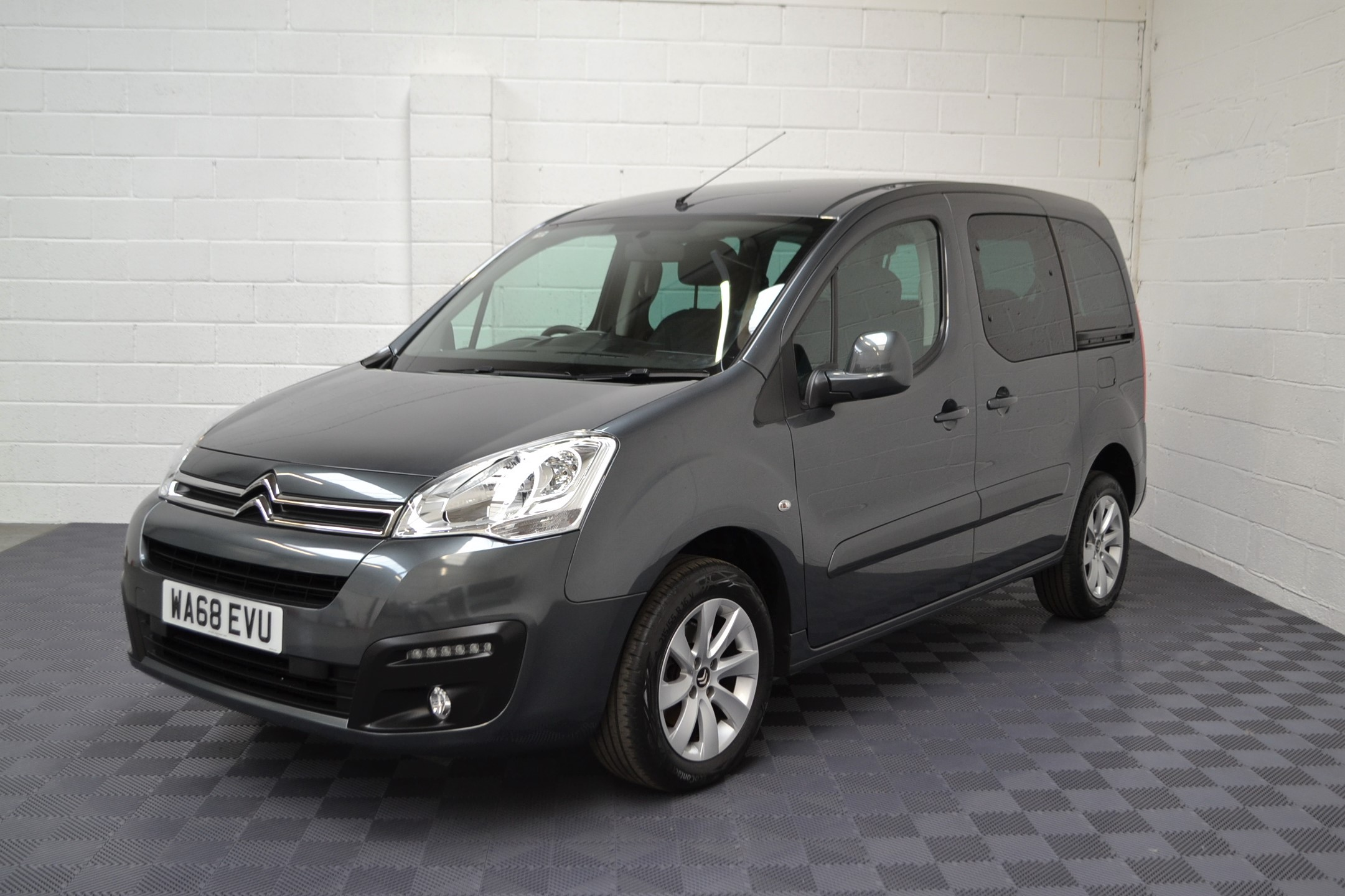 Disabled Cars For Sale Bristol Wheelchair Accessible Vehicles Used For Sale Somerset Devon Dorset Bath Peugeot Partner WA68 EVU 6