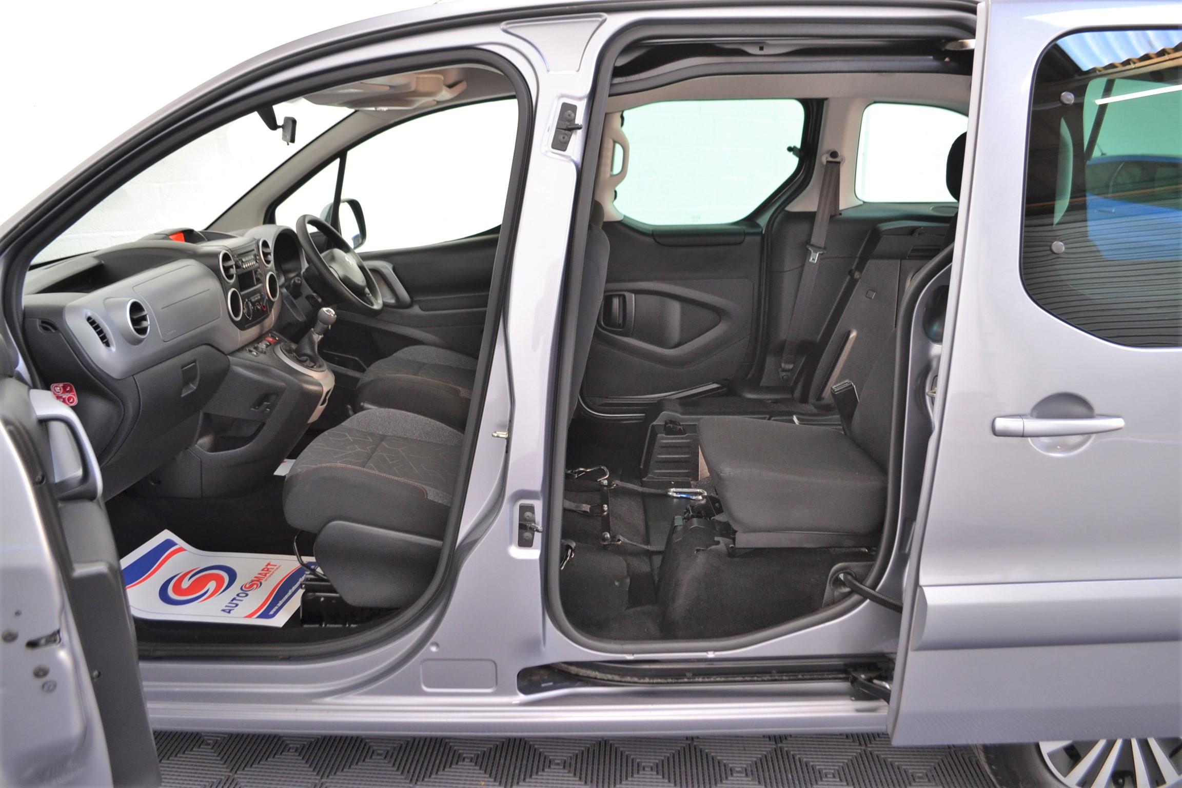 WAV Cars For Sale Bristol Wheelchair Accessible Vehicles Used For Sale Somerset Devon Dorset Bath Peugeot Partner SD17 OZL 13