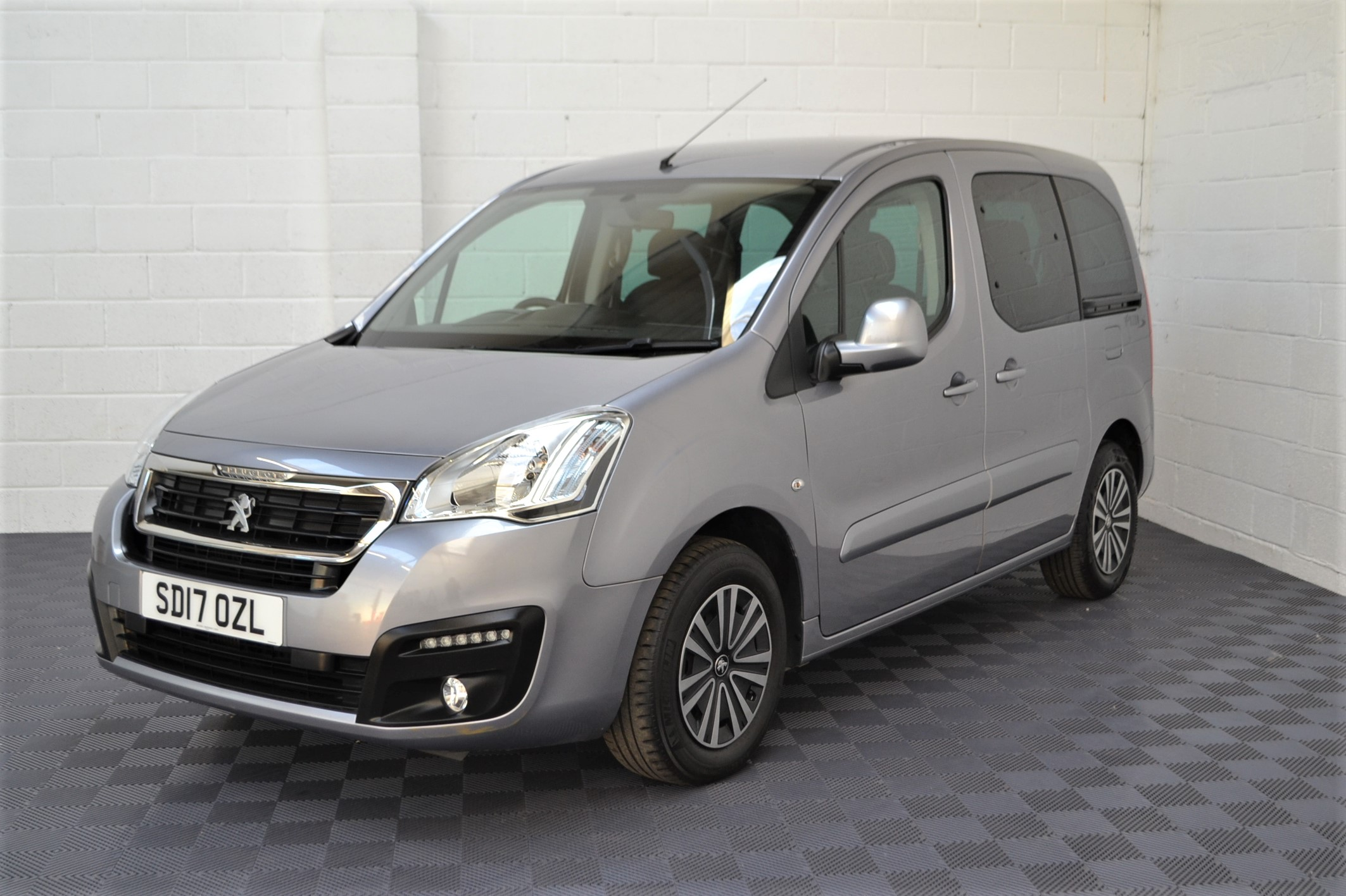 WAV Cars For Sale Bristol Wheelchair Accessible Vehicles Used For Sale Somerset Devon Dorset Bath Peugeot Partner SD17 OZL 22