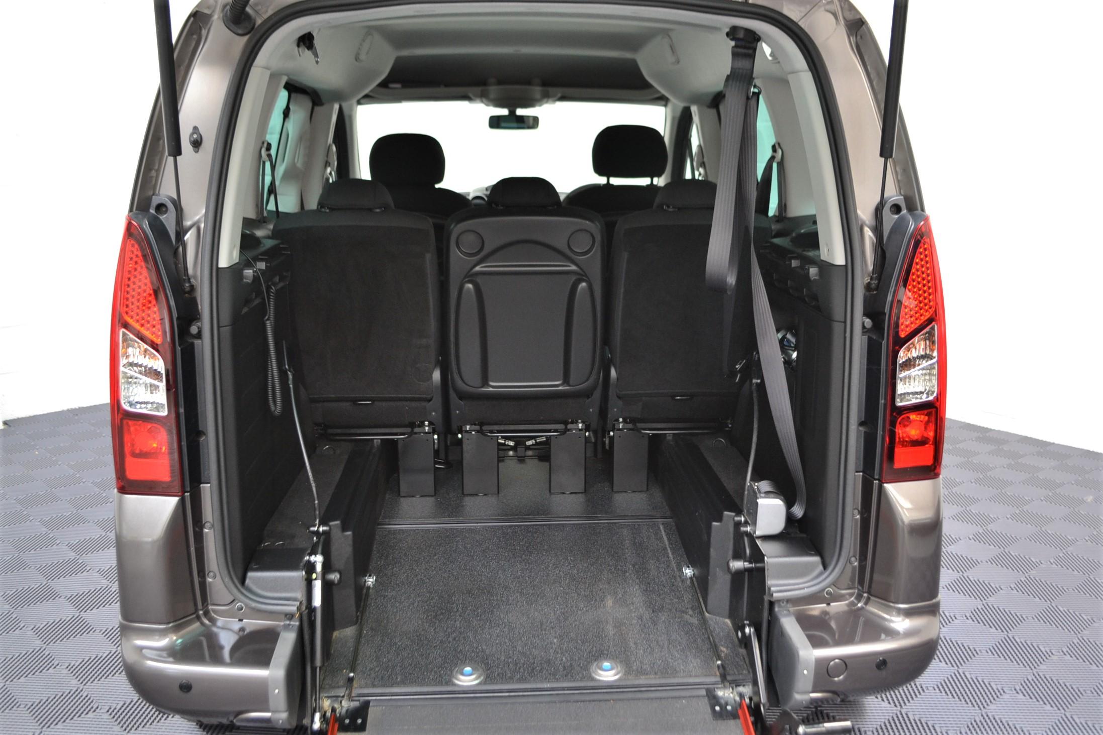 WAV Cars For Sale Bristol Wheelchair Accessible Vehicles Used For Sale Somerset Devon Dorset Bath Peugeot Partner WO16 HNH 2