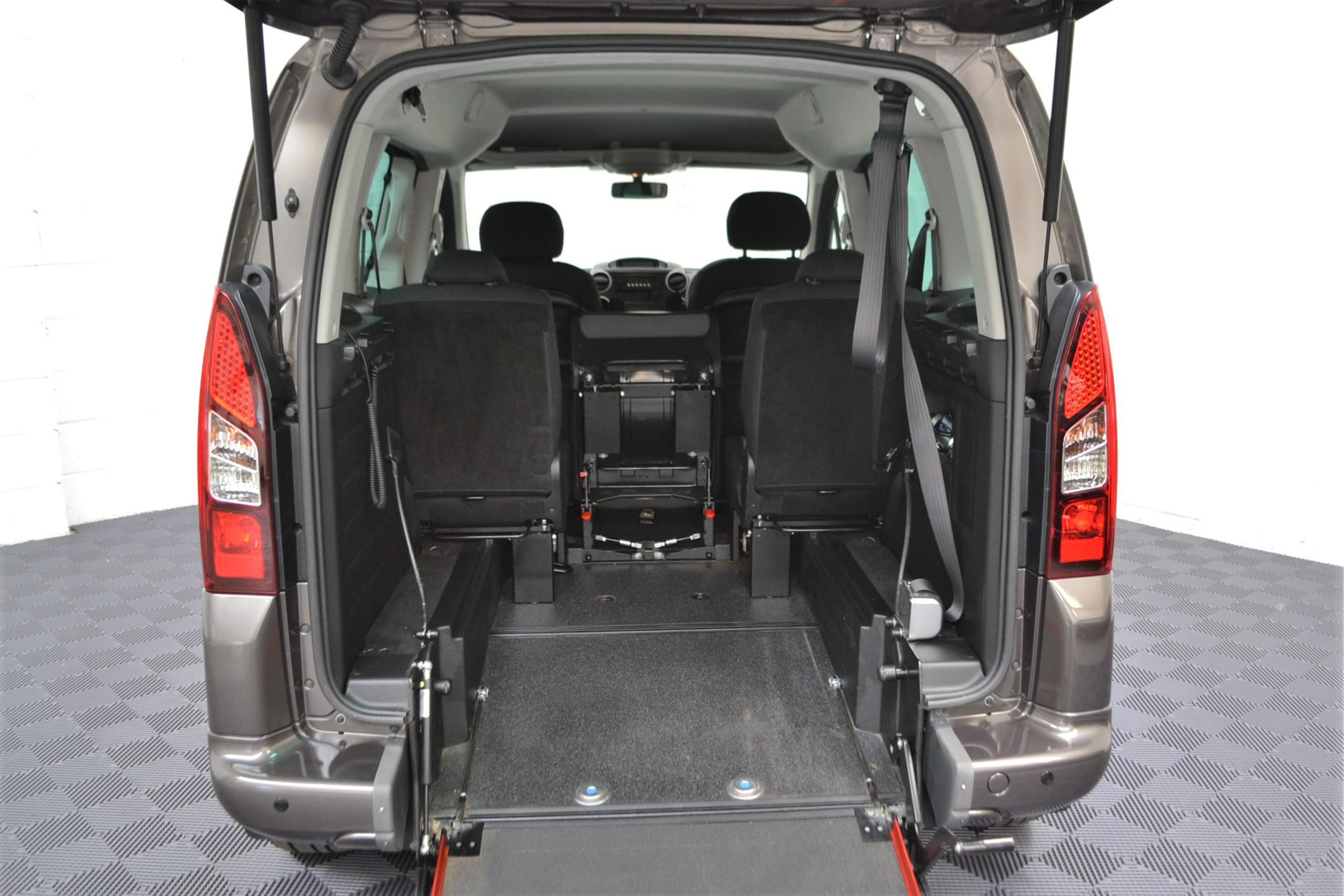 WAV Cars For Sale Bristol Wheelchair Accessible Vehicles Used For Sale Somerset Devon Dorset Bath Peugeot Partner WO16 HNH 3