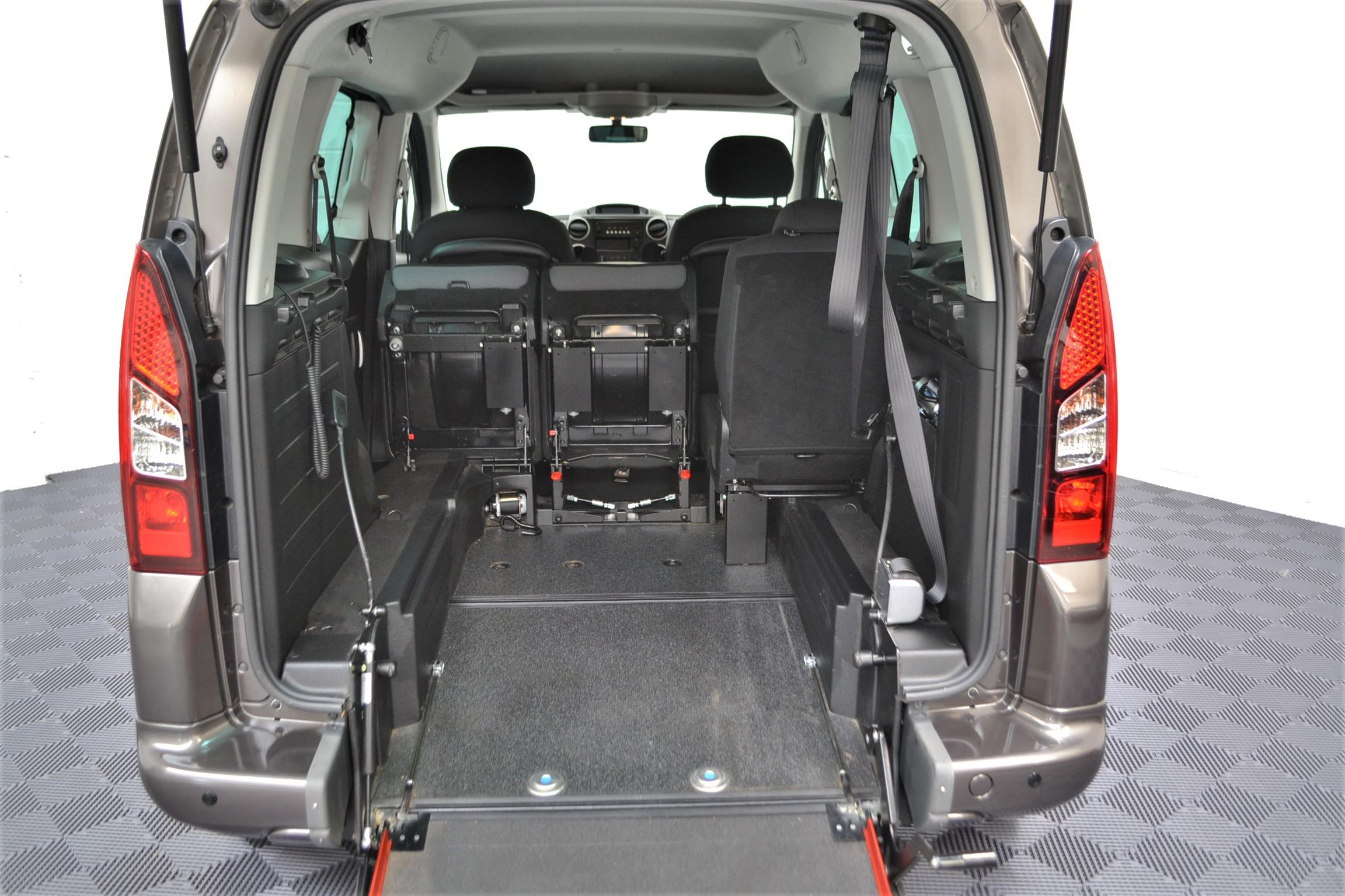 WAV Cars For Sale Bristol Wheelchair Accessible Vehicles Used For Sale Somerset Devon Dorset Bath Peugeot Partner WO16 HNH 4
