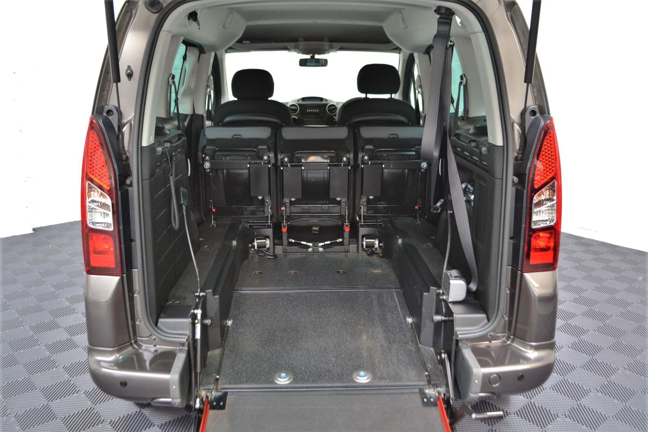 WAV Cars For Sale Bristol Wheelchair Accessible Vehicles Used For Sale Somerset Devon Dorset Bath Peugeot Partner WO16 HNH 5