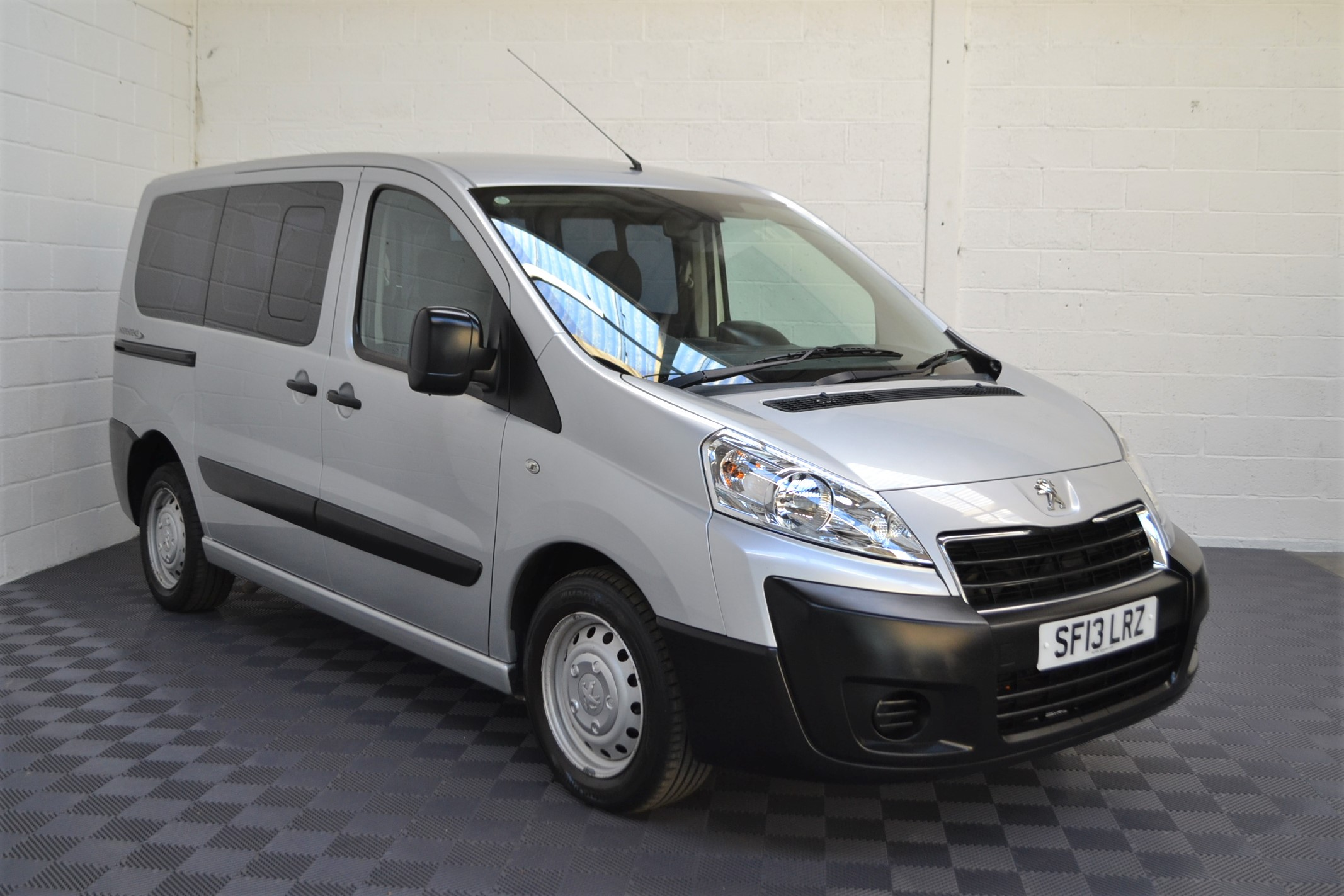 Disabled Cars For Sale Bristol Wheelchair Accessible Vehicles Used For Sale Somerset Devon Dorset Bath Peugeot Expert SF13 LRZ 11