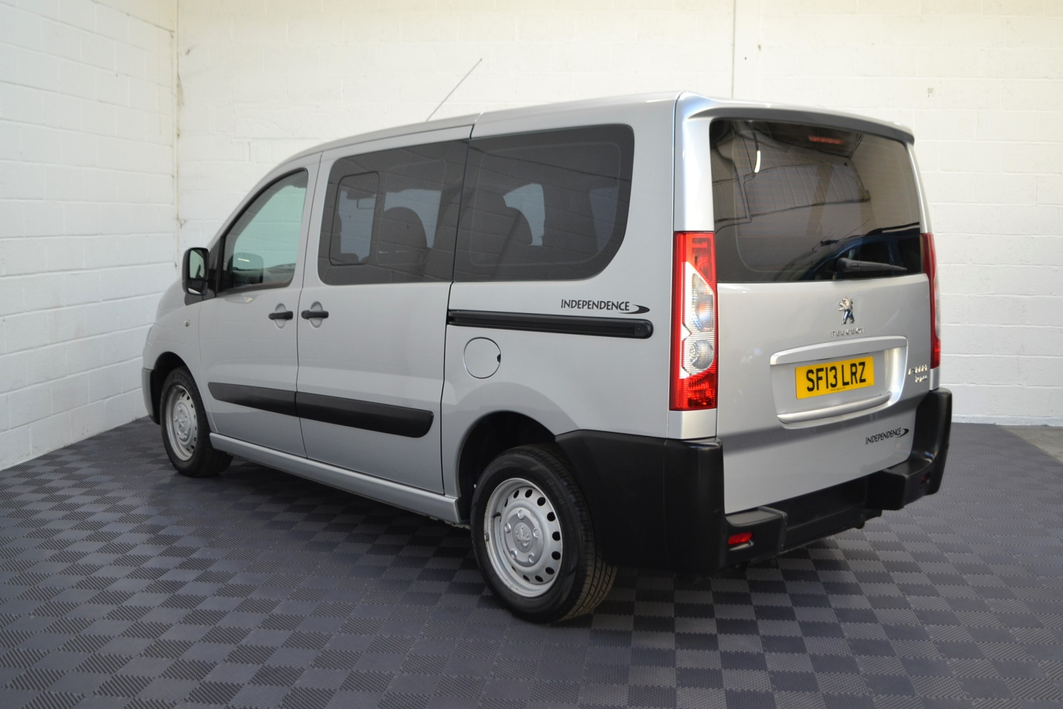 Disabled Cars For Sale Bristol Wheelchair Accessible Vehicles Used For Sale Somerset Devon Dorset Bath Peugeot Expert SF13 LRZ 4