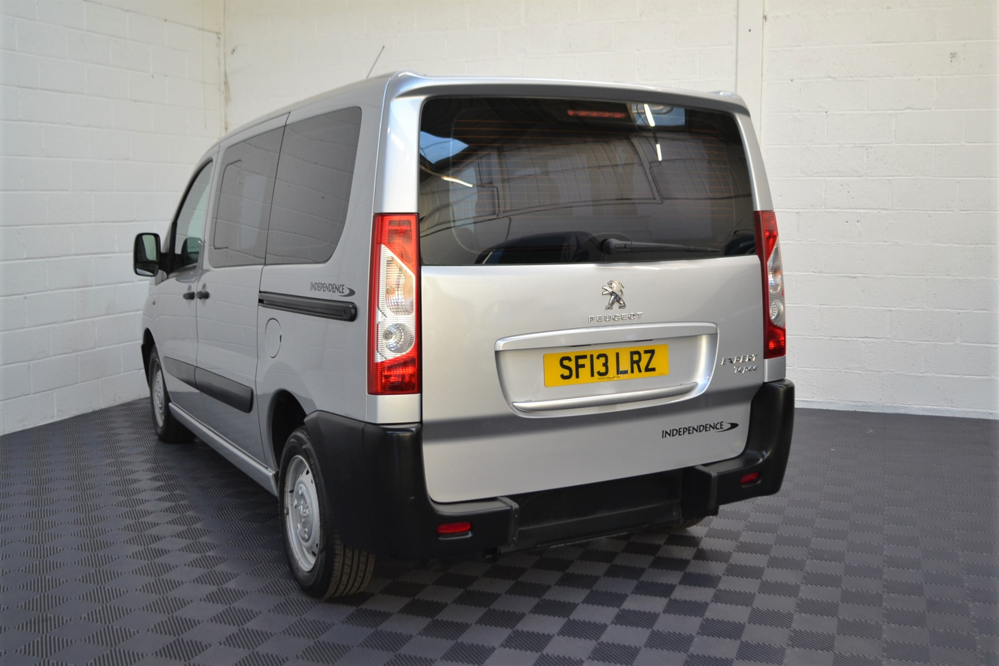 Disabled Cars For Sale Bristol Wheelchair Accessible Vehicles Used For Sale Somerset Devon Dorset Bath Peugeot Expert SF13 LRZ 5