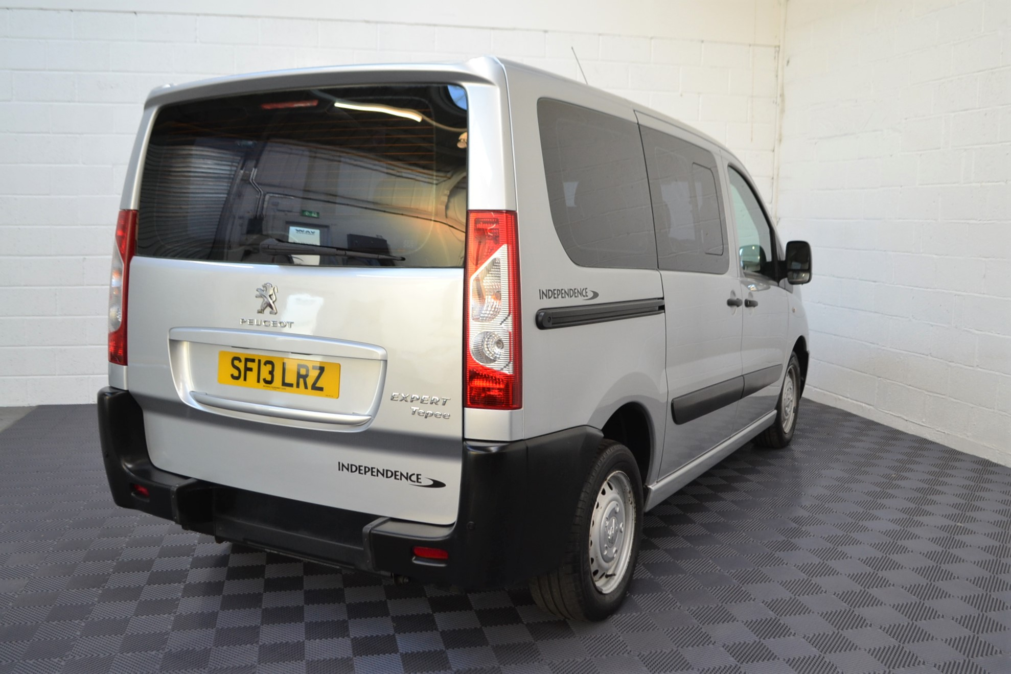 Disabled Cars For Sale Bristol Wheelchair Accessible Vehicles Used For Sale Somerset Devon Dorset Bath Peugeot Expert SF13 LRZ 6