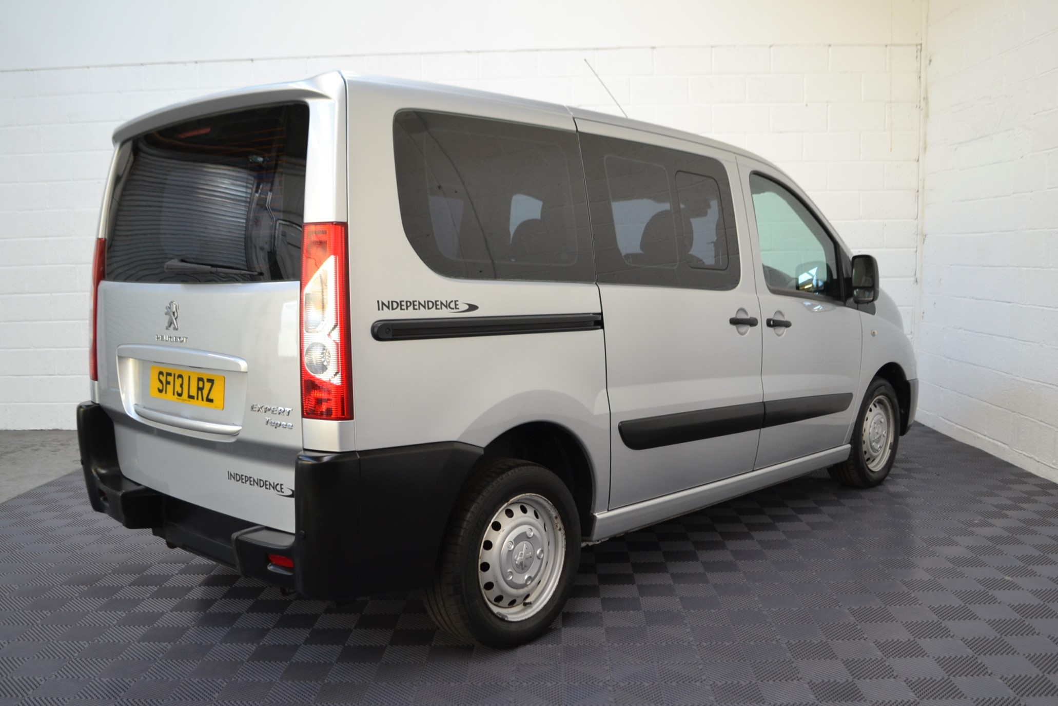 Disabled Cars For Sale Bristol Wheelchair Accessible Vehicles Used For Sale Somerset Devon Dorset Bath Peugeot Expert SF13 LRZ 7