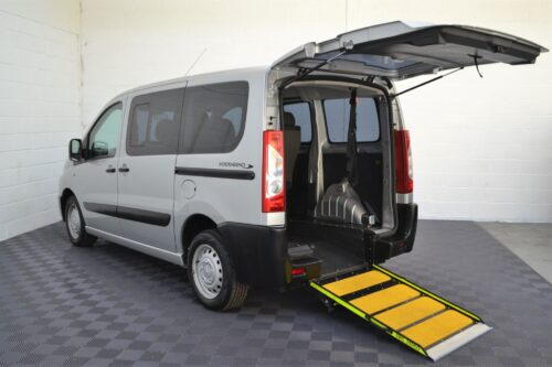 Disabled Cars For Sale Bristol Wheelchair Accessible Vehicles Used For Sale Somerset Devon Dorset Bath Peugeot Expert SF13 LRZ 9